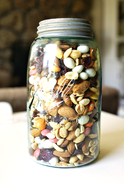 trail mix in jar sm