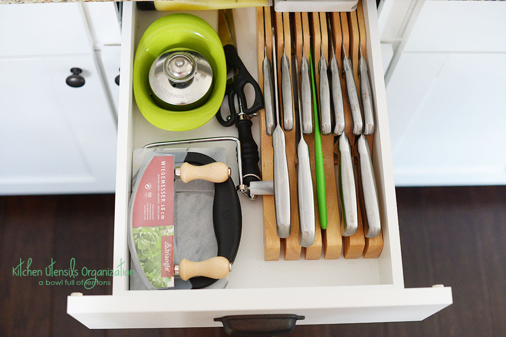 Kitchen Utensil Organization... | A Bowl Full of Lemons