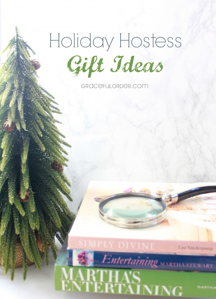 holiday hostess gift ideas | a bowl full of lemons