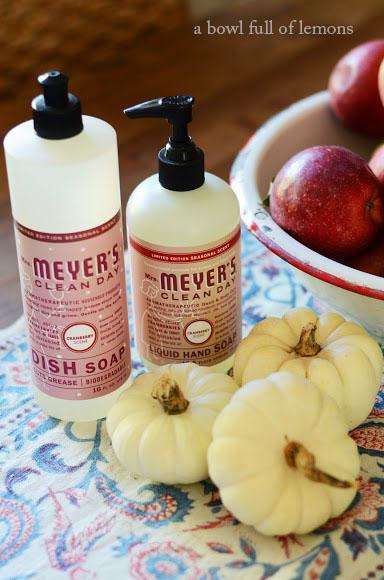 Mrs Meyer S Free Seasonal Bundle A Bowl Full Of Lemons