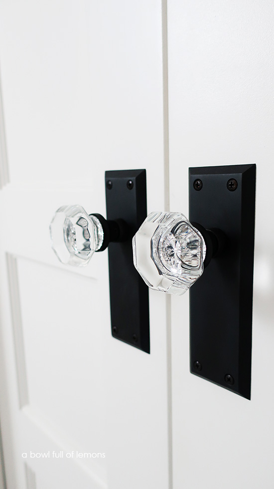 We Chose A Very Similar Style Of Door Hardware That Was In Our First Home It S Called The New York Long Plate With Waldorf Crystal Oil Rubbed Bronze